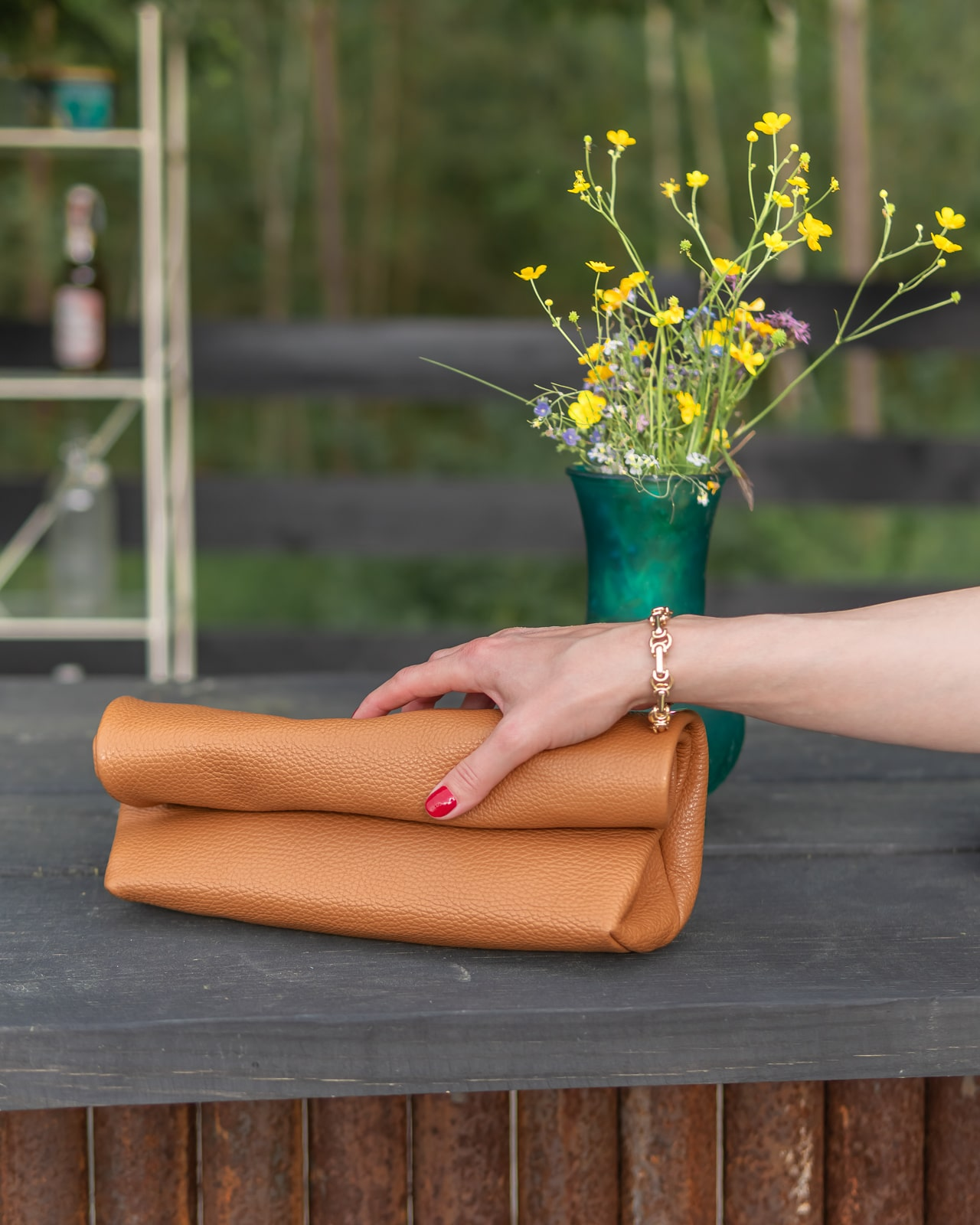 Betty On The Go - Lunch Bag Clutch