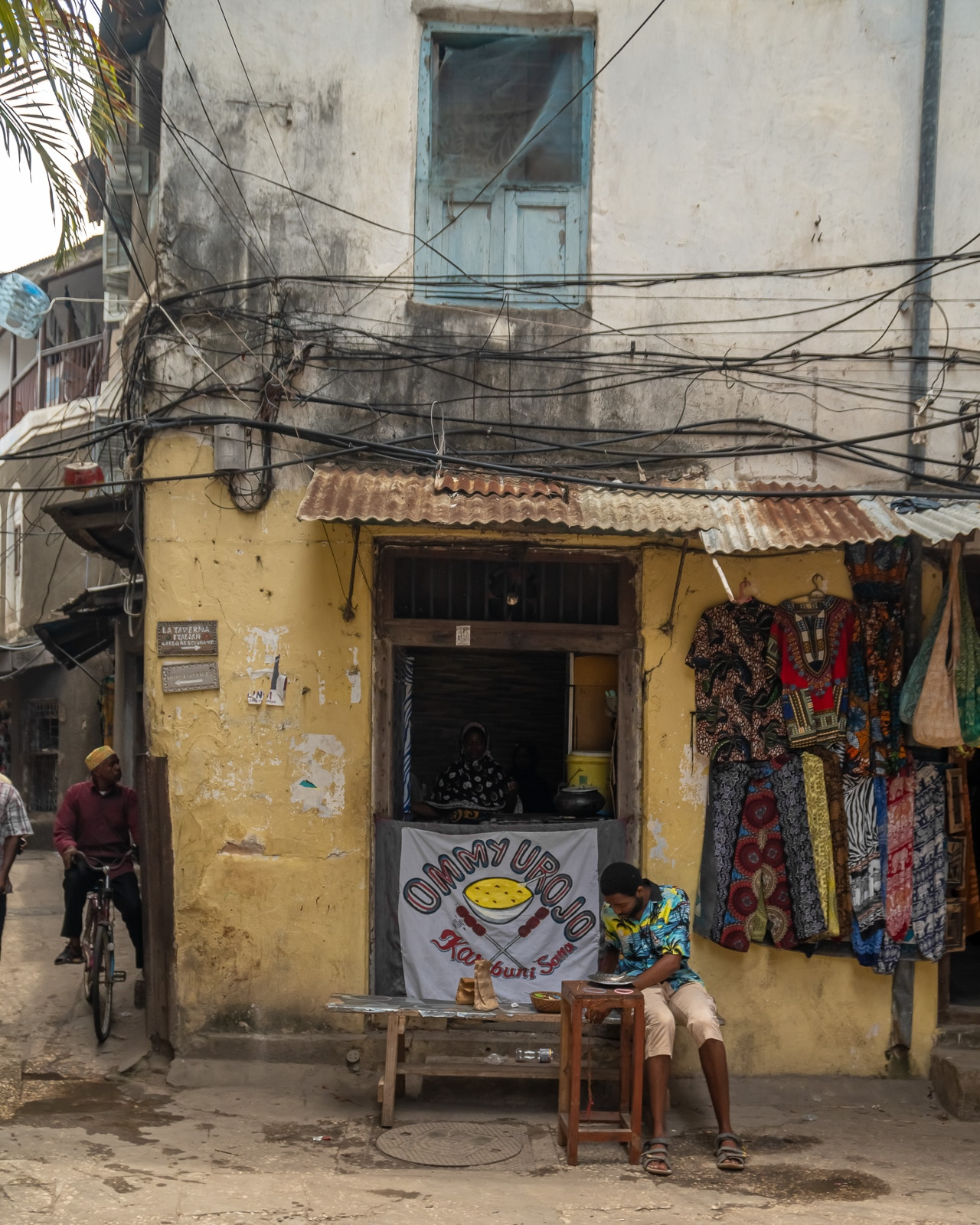 Betty On The Go-Zanzibar